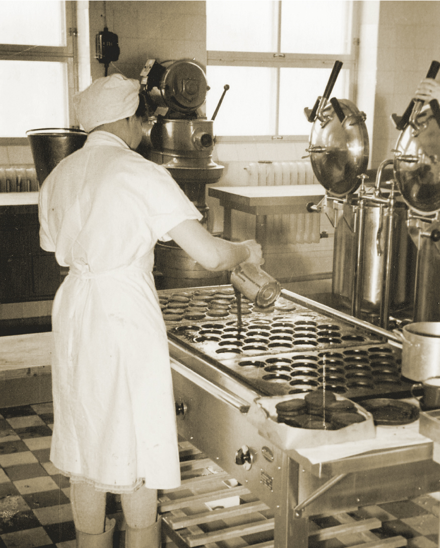 In 1956, sufficient space was allocated to expand the range of processed and convenience foods. Despite this, most of the production remains manual.